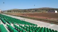Седалки за стадион в Тополовград